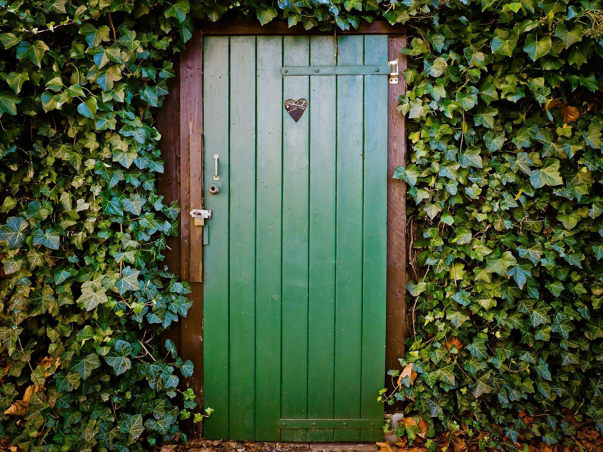 door-1229144_1920
